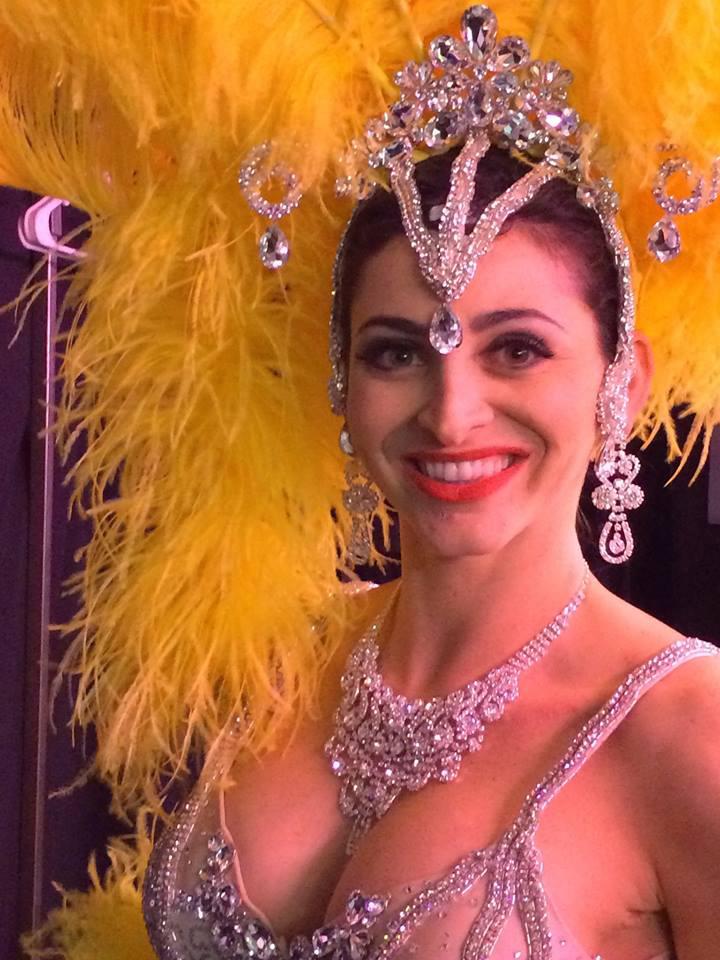 Las Vegas showgirl, yellow showgirl
