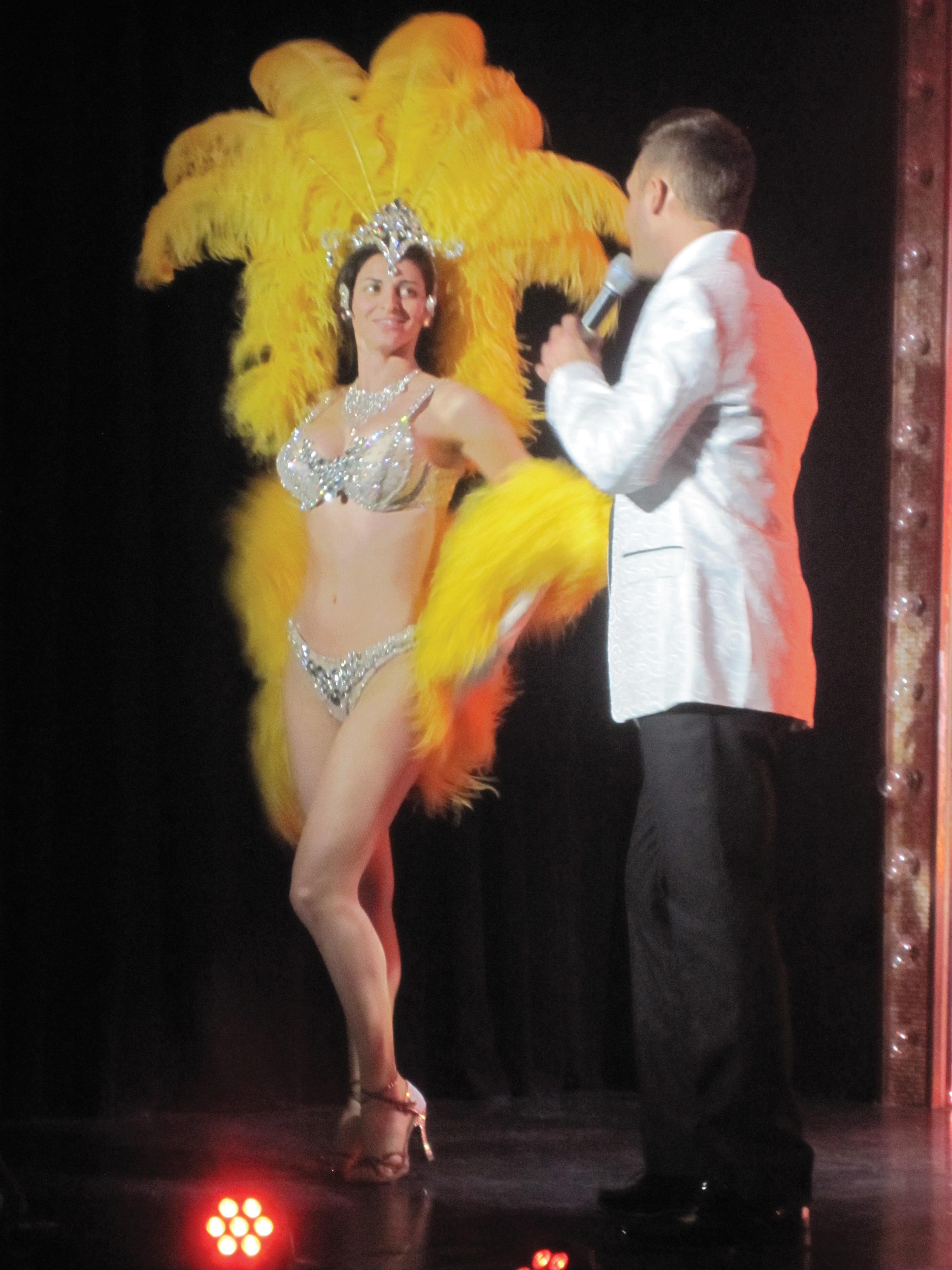 yellow showgirl costume, showgirl las vegas, showgirl design